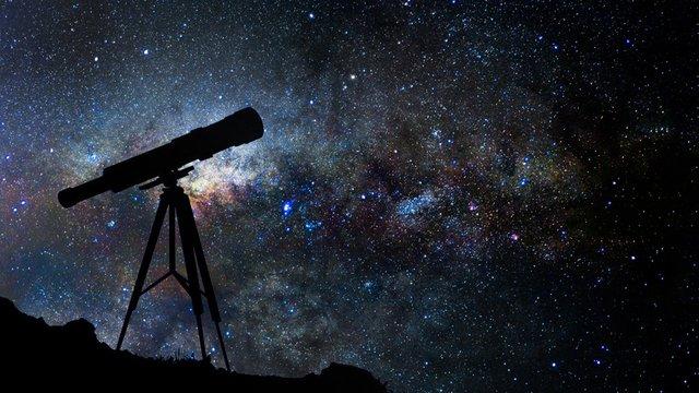اشاره قرآن به نجوم و کیهان شناسی